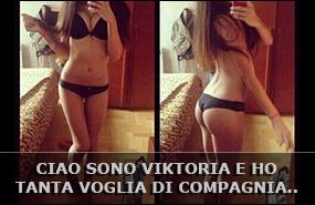 Viktoria ragazza russa che ama fare i selfie